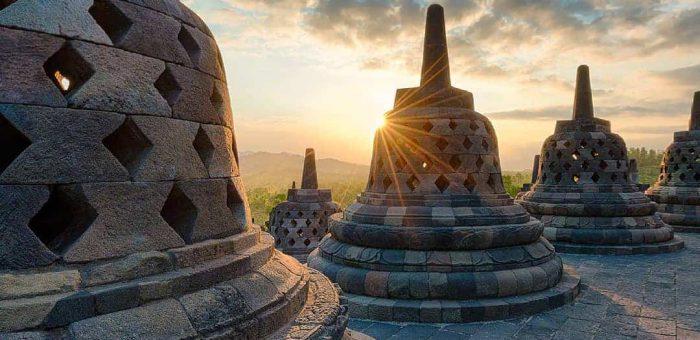 Destinasi Wisata Super Prioritas di Indonesia Yang Kian Populer